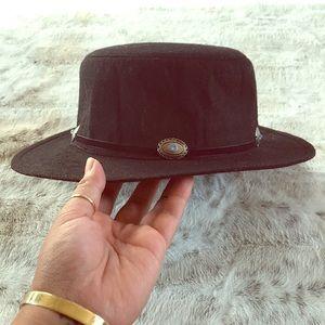 || Silver Embellished Flat Top Hat ||